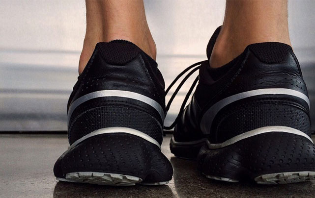 کفش طبی چیست و چه کاربردی دارد؟
